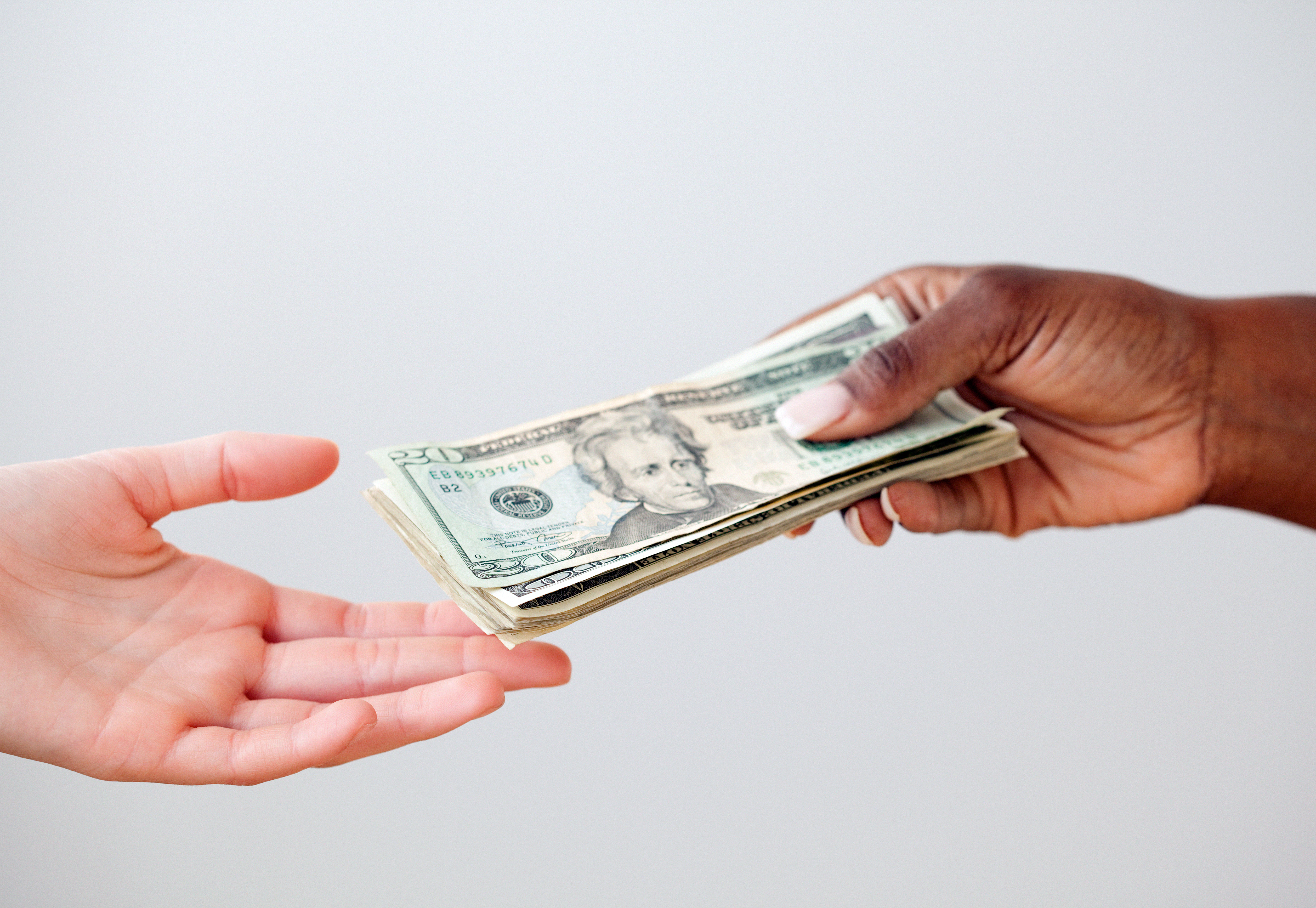 Kép pénzátadásról bejegyzésbe